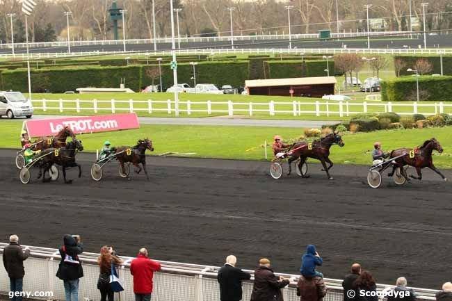 Vincennes - C4 - 24/12/2015